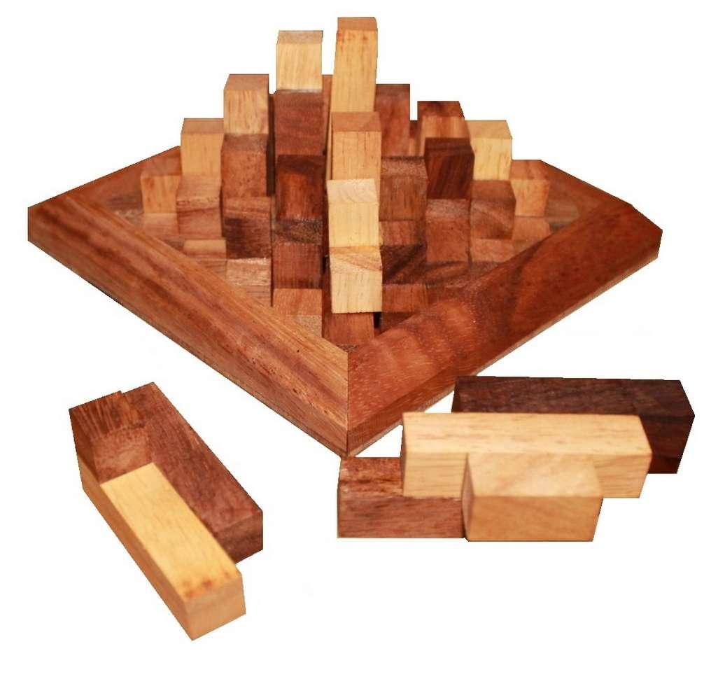 pyramide de kh ops jbd casse tetes en bois. Black Bedroom Furniture Sets. Home Design Ideas